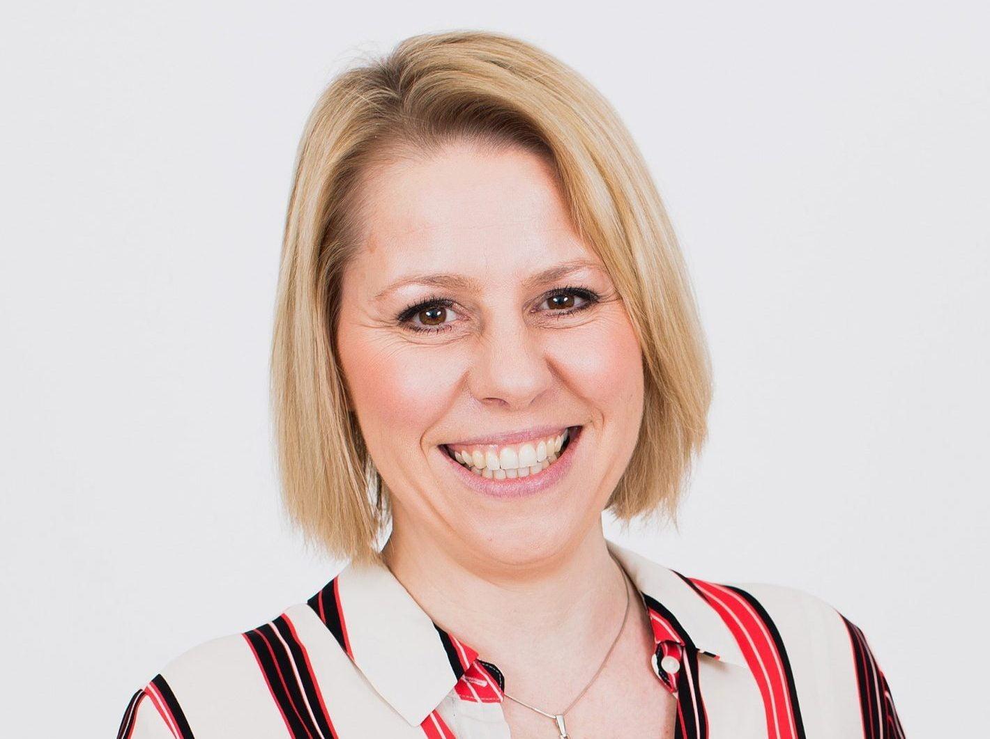 Danni Hewson presenter