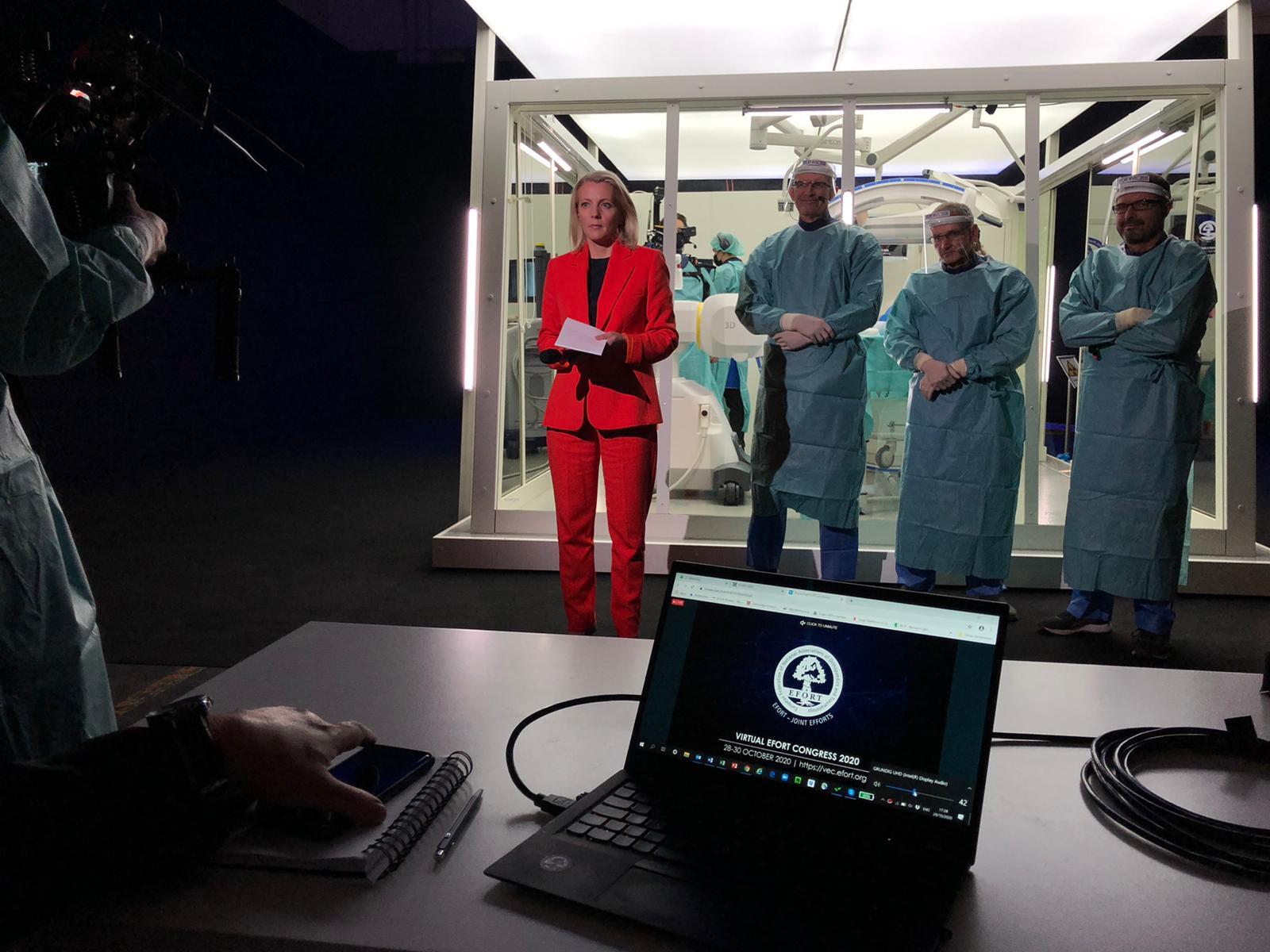 julie macdonald virtual presenter