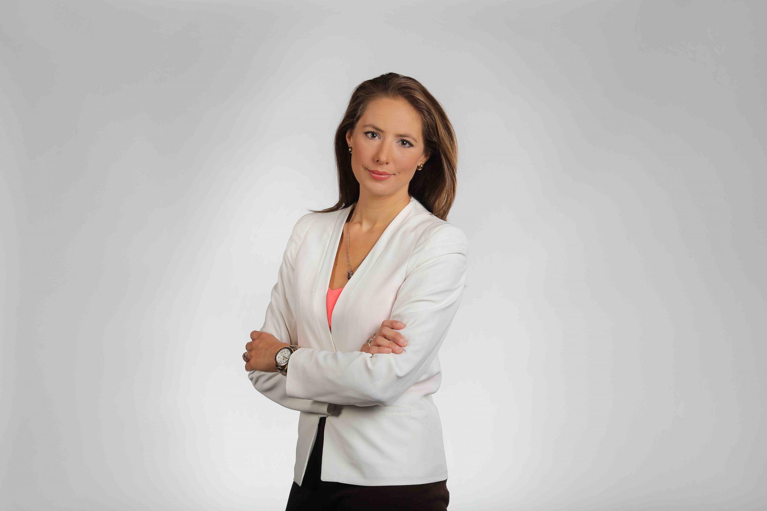 Belle Donati presenter